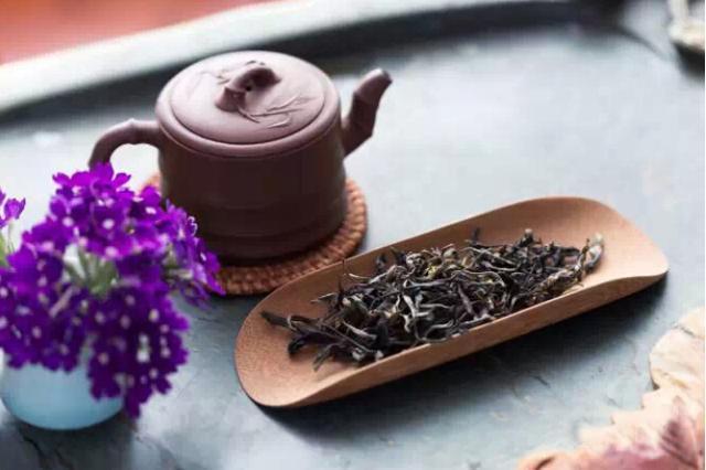 心浮直须饮盏茶