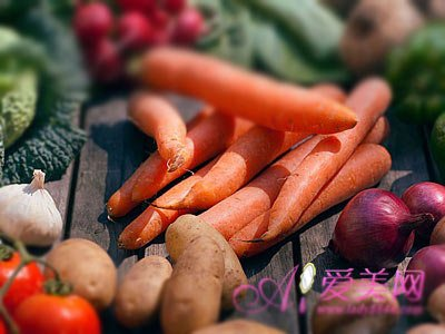 5色蔬菜营养高 吃的色一点更健康