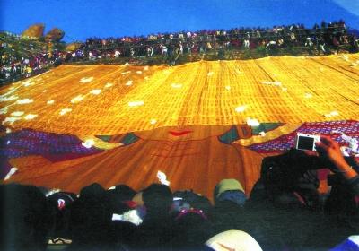 艺术与信仰的盛典 西藏哲蚌寺举行展佛活动